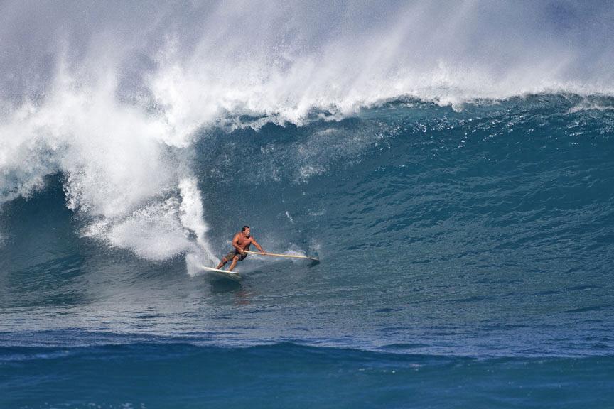Loch Eggers: Big Wave Surfer und SUP Pionier